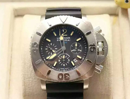 沛納海 Panerai Luminor Submersible系列Pam00187 搭載ETA7753自動計時機芯