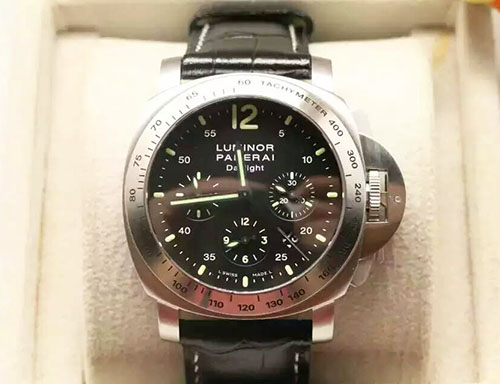 沛納海 Panerai LUMINOR系列Pam00250 搭載ETA7753自動機械機芯
