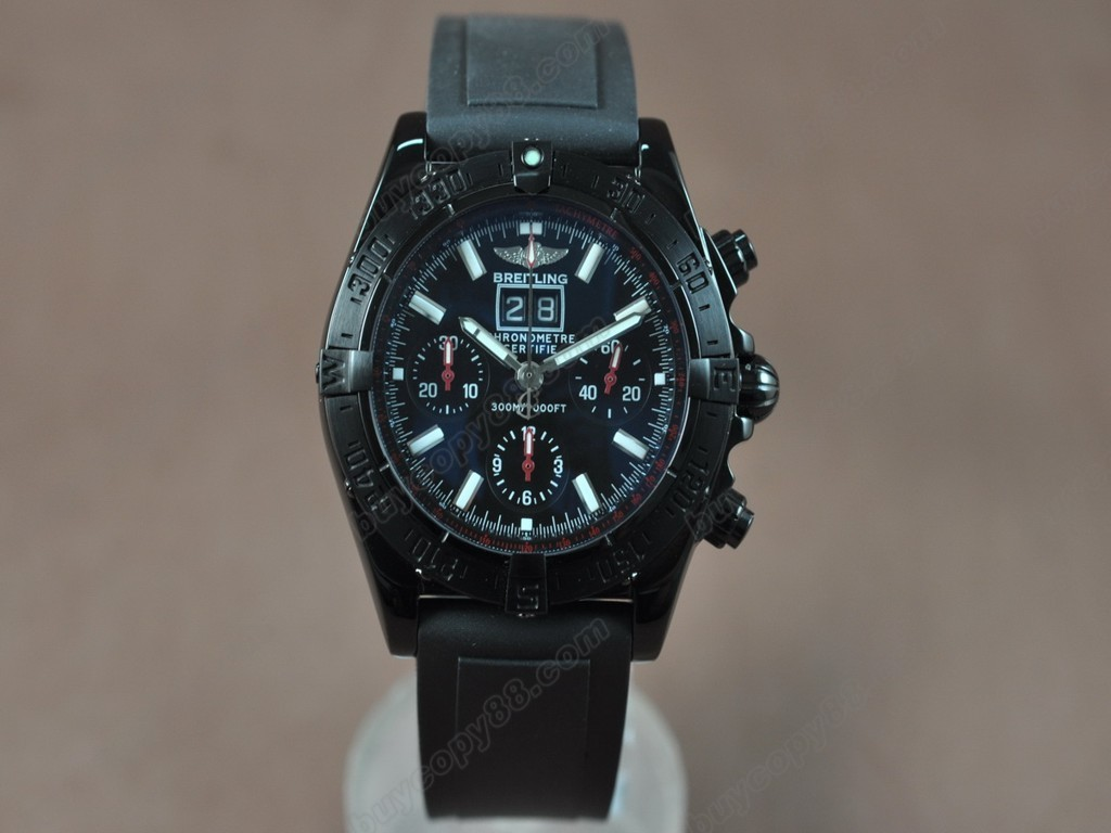 百年靈【男性用】BlackBird Big Date PVD/RU Black dial Asia7750自動機芯搭載
