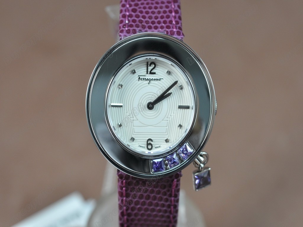 菲拉格慕【女性用】Ladies SS/LE White MOP Dial Swiss石英機芯搭載