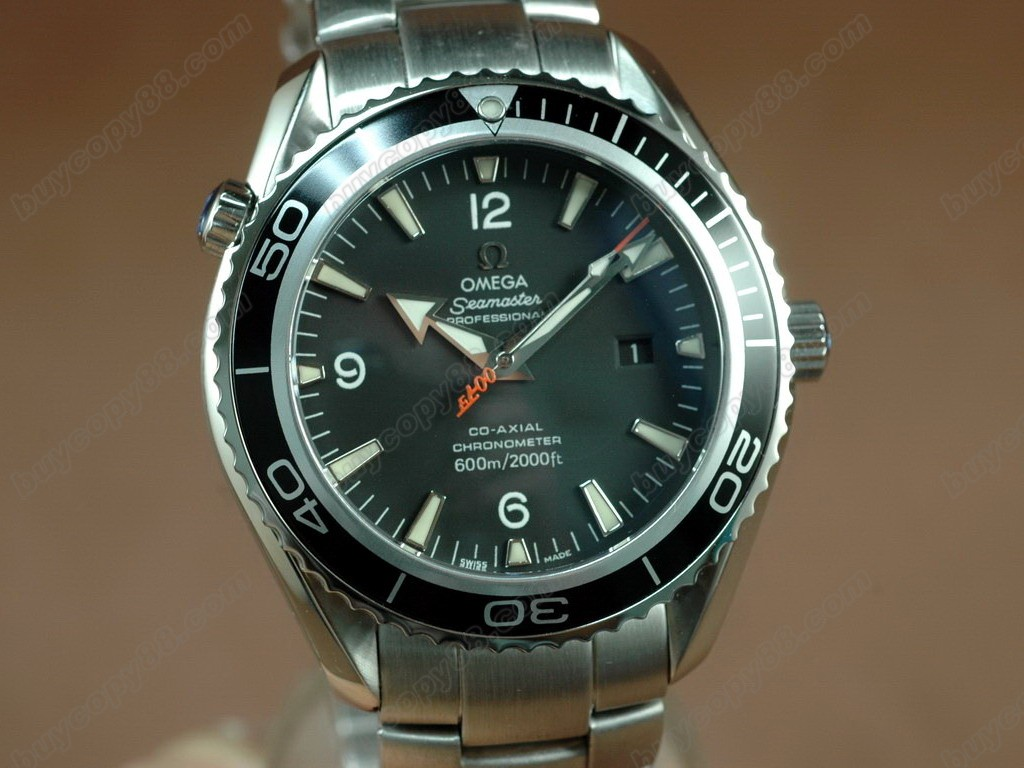 歐米茄 【男性用】Seamaster Planet Ocean 42.5mm Black Bezel Eta 2824-2自動機芯搭載