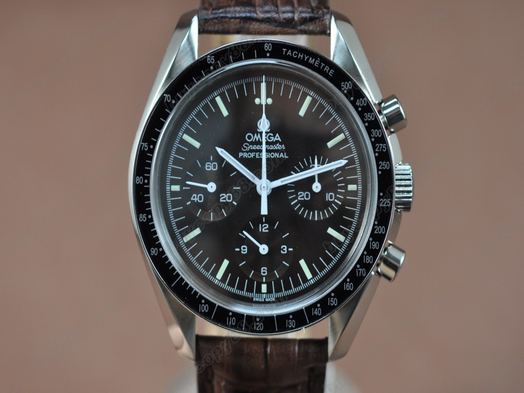 歐米茄 【男性用】 Speedmaster White Shell Dial 手上鏈搭載