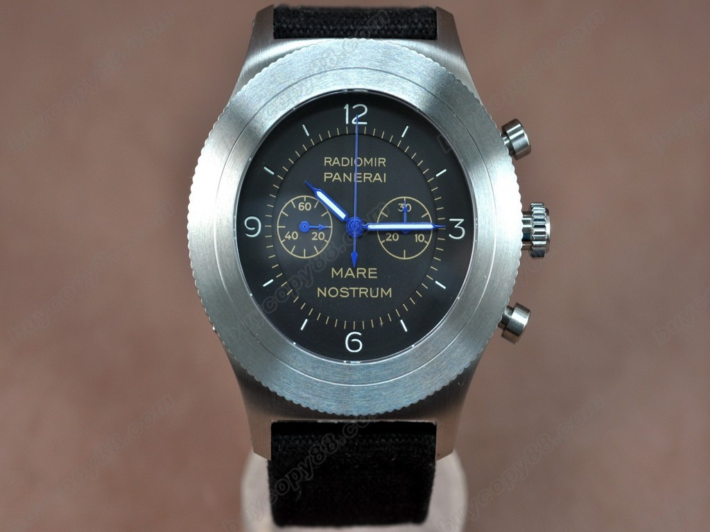 沛納海【男性用】Radiomir 52mm Chrono Black DialManual手上鏈搭載