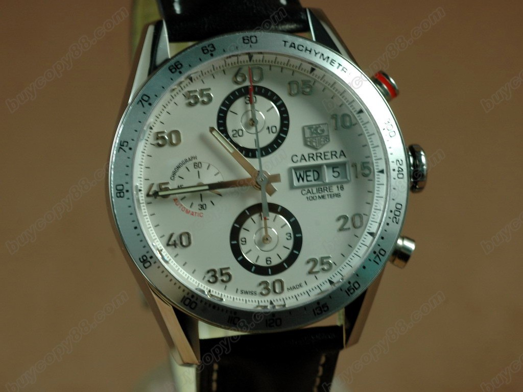 豪雅【男性用】 Carrera 41mm 2008 Automatic Chrono SS/LE White 自動機芯搭載.振頻每小時 28,800 次