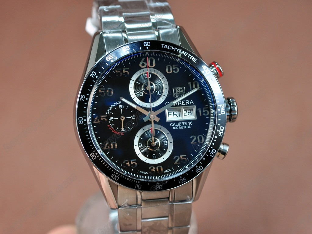 豪雅【男性用】Carrera 43mm Chrono SS/SS Blk A-7750 自動機芯搭載.振頻每小時 28,800 次